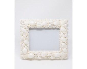 small white seashell picture frame, shell frame, seashell frame, 5 x 7 frame