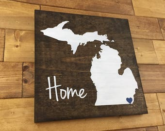 Pick Colors | Michigan Wood Sign | Michigan Sign | Michigan decor | Michigan Guest Book | Michigan art | Michigan home sign | Michigan gift