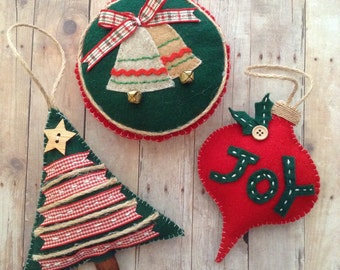 Christmas Ornaments / Christmas Felt Ornaments / Classic Handmade Ornaments / Christmas Tree Decor / set of 3 - Christmas Tree-Drop-Round