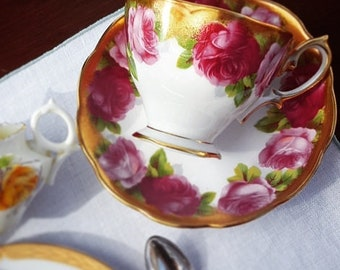 Darling Royal Albert Old English Rose Footed Bone China Tea Cup & Saucer Set - Made in England 1960s-1970ss