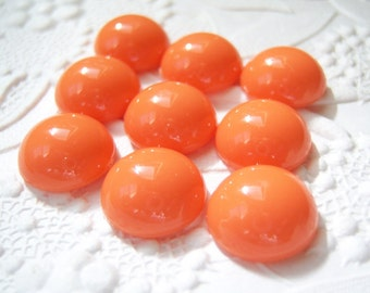 6 - Acrylic 13mm tangerine coral round cabochons - TG40