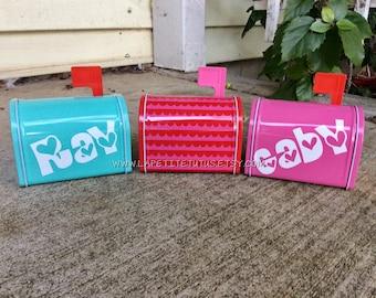 Valentines day mailbox, custom mailbox, valentines day decor, holiday decor, heart decor, name boxes, name mailbox, valentines school box