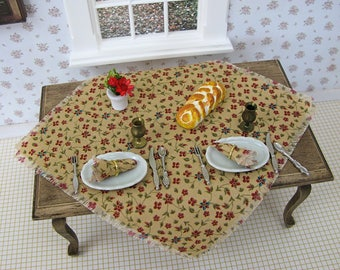 Dollhouse Table Cloth / Miniature Table Cloth / Dining Table / Kitchen Miniatures / Dining Room Miniatures / Kitchen Table / 1:12 Scale