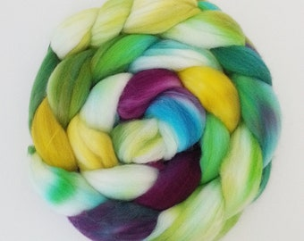 "Hand Dyed Eco Sock Blend Roving--4 oz 80/20 Organic Merino/Nylon Hand Dyed Combed Top, ""Kidarim"""