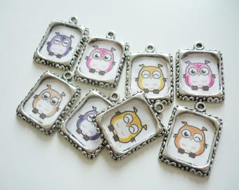 Set of 8 medallions color with little owls - OWL Locket - Locket OWL