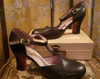 Vintage Capezio Black Leather T-Strap Mary Jane Dance Shoes Heels, 5 1/2 M