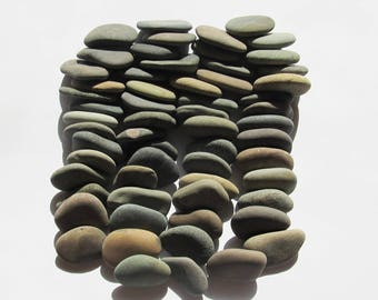 60 Wedding Stones Assorted perfectly shaped Guest Book Stones Beach Wedding Favors Natural Flat Beach Stones Craft Wish Wishing Stones(WS-12