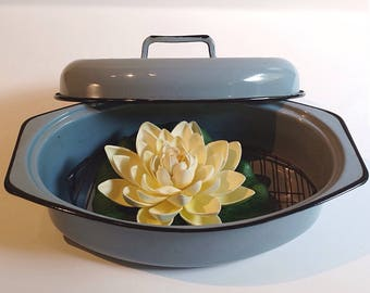 Vintage  Powder Blue Enamel Roasted Pan with Lid and Rack