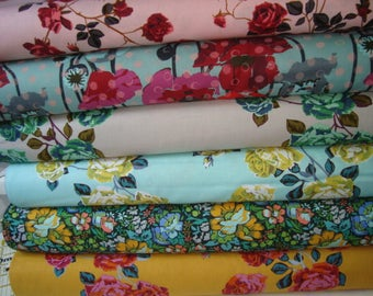 Floral Retrospective by Anna Maria Horner   Fat Quarter set   YES!!! Continuous fabric cuts and combined shipping