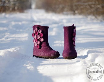 ready to send, woolen boots, felted boots, felted shoes, Warm winter boots