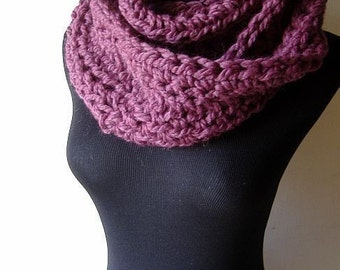 Infinity Cowl Chunky Warm Neckwarmer Scarf in Plum Purple