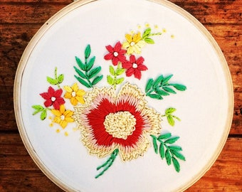 Delicate Bouquet - hand embroidery hoop art