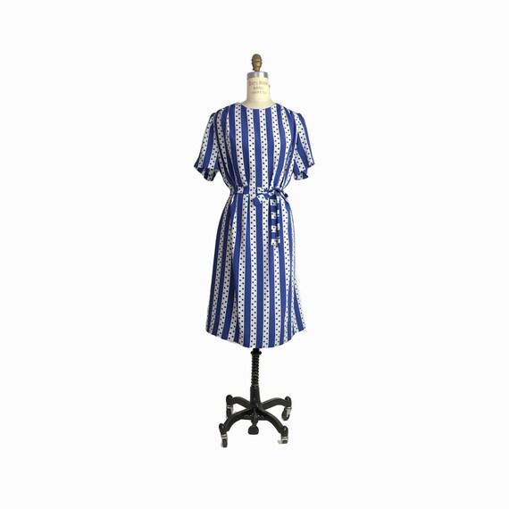 Vintage 70s Polka Dot Striped Day Dress in French Blue / Short Sleeve Dress - women's medium