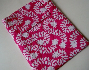 On Sale - IPad Case -quilted hot pink meandering vines print, tablet sleeve, iPad cozy, pink quilted case for gadget