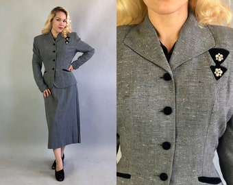 Vintage 1940s Ladies Suit | Womens 40s Pebble Gray Grey Wool Pencil Skirt Set with Salt and Pepper Flecks and Black Velvet Accents | Large