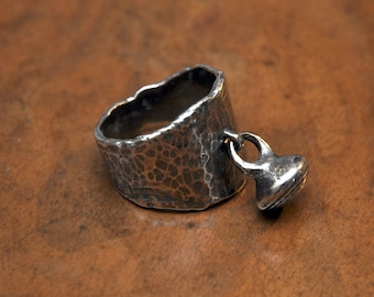 Sterling silver 925 oxidized hammered ring with pendent