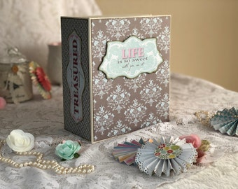 Thick Scrapbook Mini Album-Tilda design.