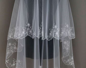 Veil with Embroidery, Wedding Veil 2 Tiers, Vintage veil with embroidery, ivory wedding veil, wedding veil, fingertip veil, vintage veil