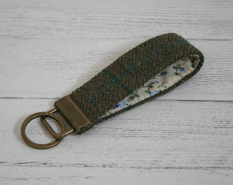 Green tweed keyring key fob