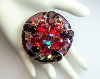 Vintage Gold Tone Prong Set Ruby Red and Aurora Borealis Rhinestones Round Cluster Pin Brooch