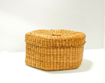 Woven Basket with Lid, Hexagon Boho Decor
