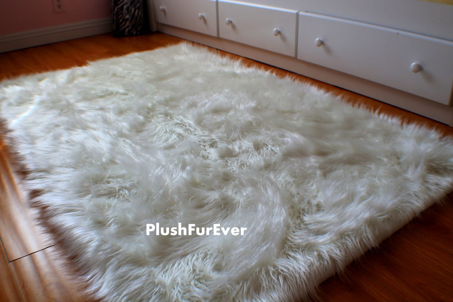 4 39 x 5 39 luxury black brown white faux fur rug long sheepskin rug flokati shaggy rug style. Black Bedroom Furniture Sets. Home Design Ideas