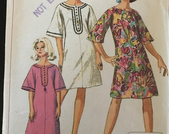 Fab Maxi Caftan or Beach Cover-Up Pattern---Simplicity 7170---Size Large (18-20)  Bust 38-40