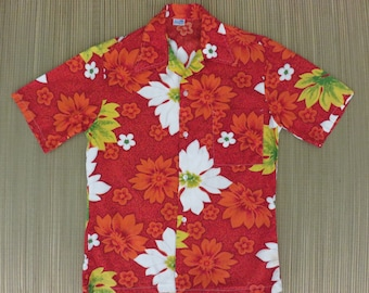 Vintage Hawaiian Shirt 60s MADE in CALIFORNIA Surf Surfer Surfing Atomic Rockabilly Mod Aloha Shirt Mens - S - Oahu Lew's Shirt Shack