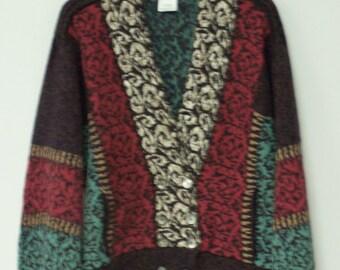 SCOTTISH DESIGNER SWEATER - 70 Percent Wool & 30 Percent Cotton Blend - Ribbed Shoulder Detail and Inseam Pockets