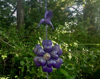 Purple Hummingbird & Flower Dangler / Dangling Flower Yard Art / Metal Yard Art / Outdoor Garden Patio Porch Decor