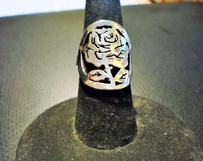 Rose ring quarter size