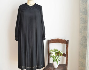 Vintage Style Pleating Dress 60s