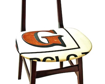 Wooden chair without armrests with seat and chair back recovered with pvc banner upcycling by Obgetti Furniture