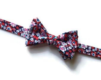 Coral Navy Bow Tie~Mens Self Tie Bow Tie~Mens PreTied~Anniversary Gift~Blush~Floral Tie~Cotton Bow Tie~Wedding Bow Tie~Coral Wedding