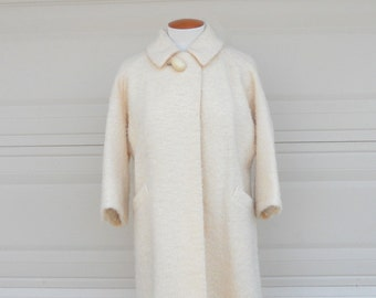 Vintage Winter White Boucle Swing Coat . Lawrence J. Graves Original