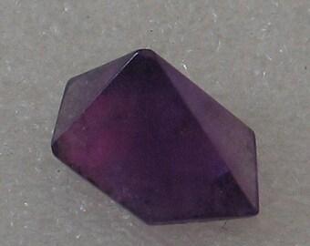 SALE 6 sided  A Grade 20mm Amethyst Pyramid