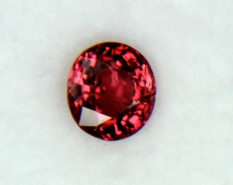 GORGEOUS RED SPINEL 1.25CTS****Free Shipping****