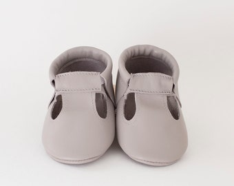 Choose color)) T-strap leather baby moccasins, newborn, infant