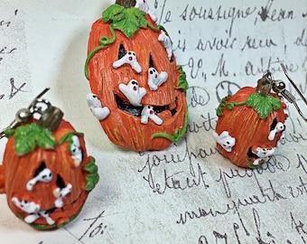 Vintage fun plastic resin pumpkin jack-o-lantern pin earrings set 90's Halloween ghost