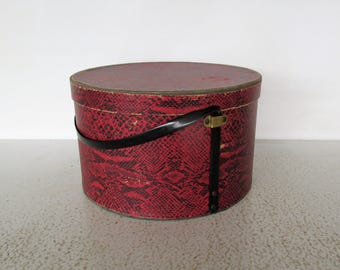 Vintage Hat Box Faux Snake Skin Mens / Unisex Large Red Textured Fiberboard with Strap