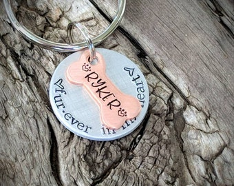Personalized hand stamped pet memorial keychain. Dog memorial gift. Cat memorial. Loss of pet gift. Sympathy gift. Bereavement gift pet loss