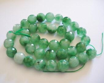 38 Perles de jade a facettes diamètre 10 mm