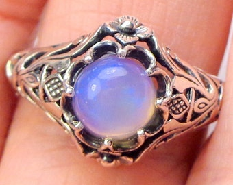 Sz 6.75,Welo Opal Ring,Sterling Silver Ring,Ethiopian,Semi-transparent,Pastel Color Play, Lavender,Blue,Peach,Yellow, Ornate Ring OOAK