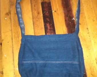 Reversible denim bag with plaid lining