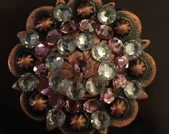 Set of 2 conchos for western horse tack in pink and diamond Swarovski crystals