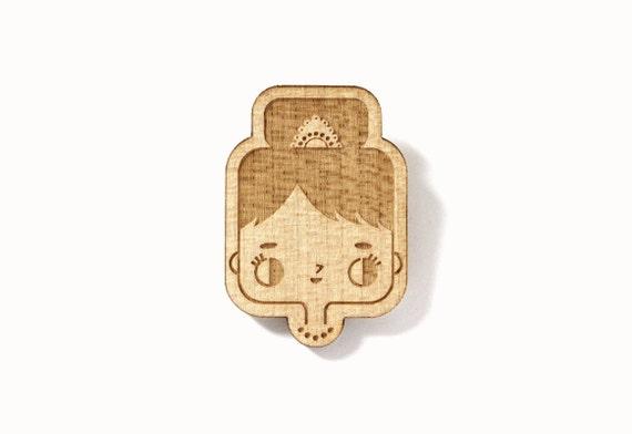 Audrey Hepburn brooch - illustrated cute character pin - minimalist graphic jewelry - lasercut maple wood - hollywood - cinema - movie star