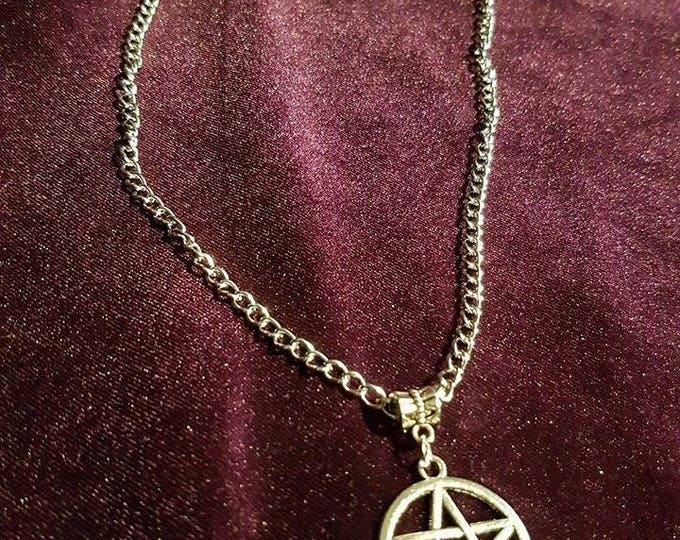 Pentagram necklace - wicca pentagram witch pagan paganisme occult witchcraft ritual corners elements