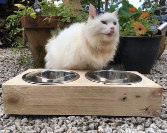 Cat feeder, Cat feeding station, Pet feeder made from reclaimed pallet timber - includes two stainless steel bowls.