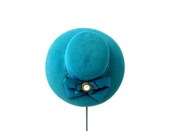 80s Head Hugger Hat Street Smart Preppy Wool Felt Fashion Brim Hat Retro Hipster Large Bow Hat Teal Green Derby hat Women's Hat Small Medium