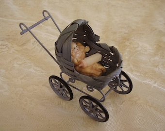 Vintage DOLLHOUSE BABY BUGGY/with baby